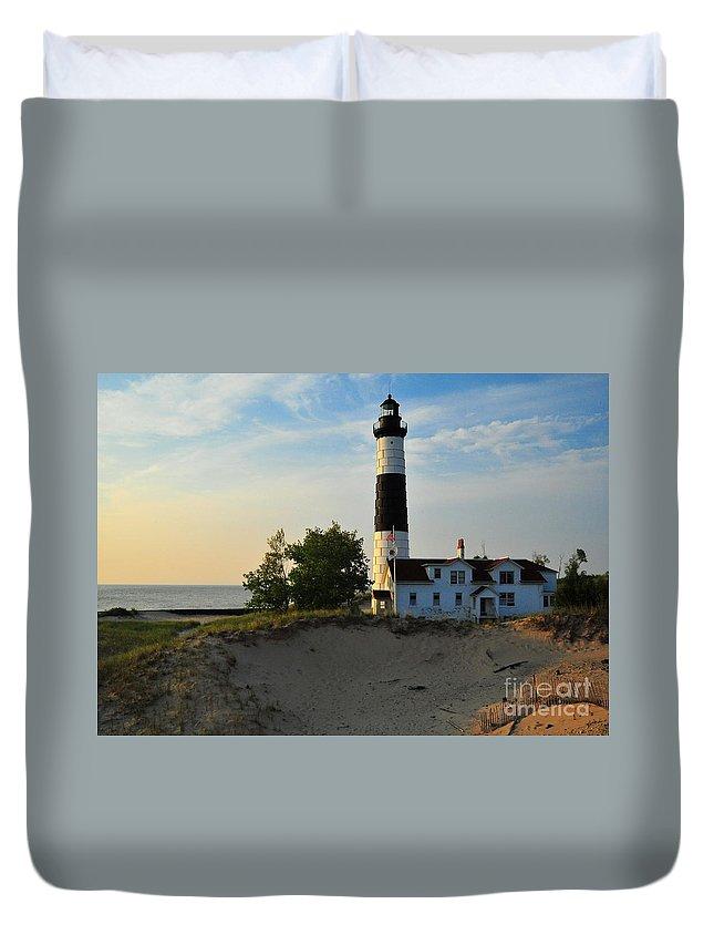Big Sable Point Lighthouse Duvet Cover featuring the photograph Big Sable Point Lighthouse by Terri Gostola