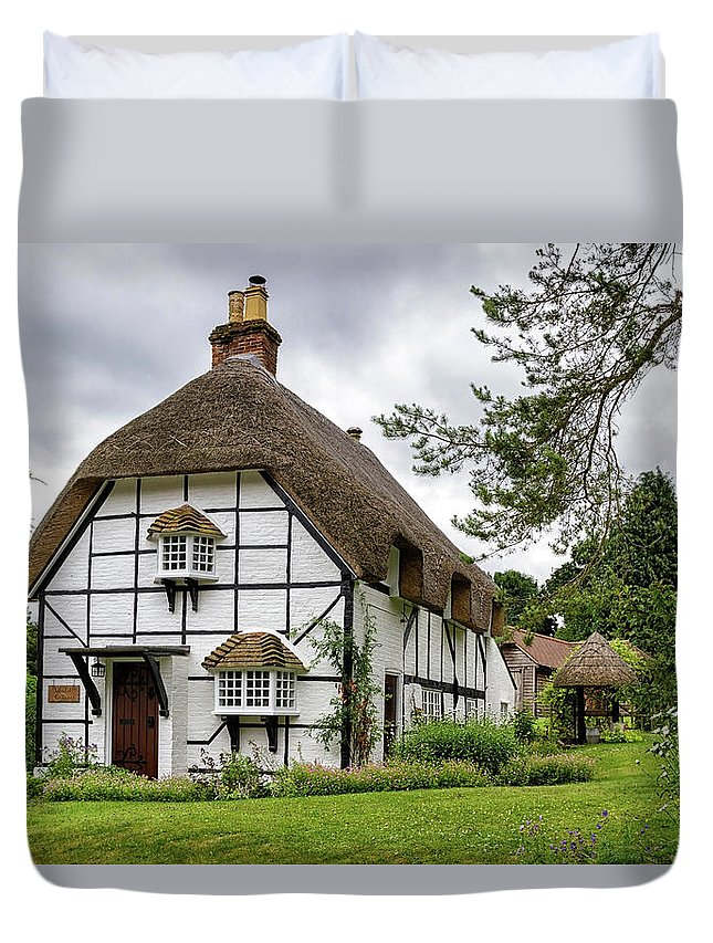 Cottage Duvet Cover featuring the photograph Bluebell Cottage Micheldever by Shirley Mitchell