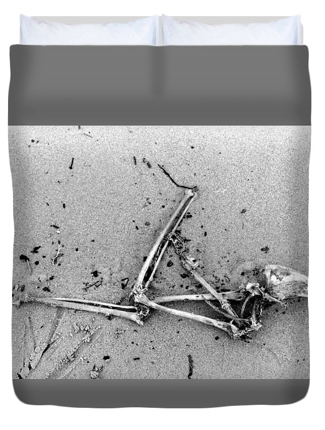 Abstract Duvet Cover featuring the photograph Bones On The Beach by Lyle Crump