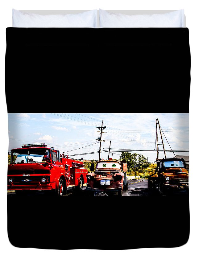 Route 66 Duvet Cover featuring the photograph Cars by Angus Hooper Iii