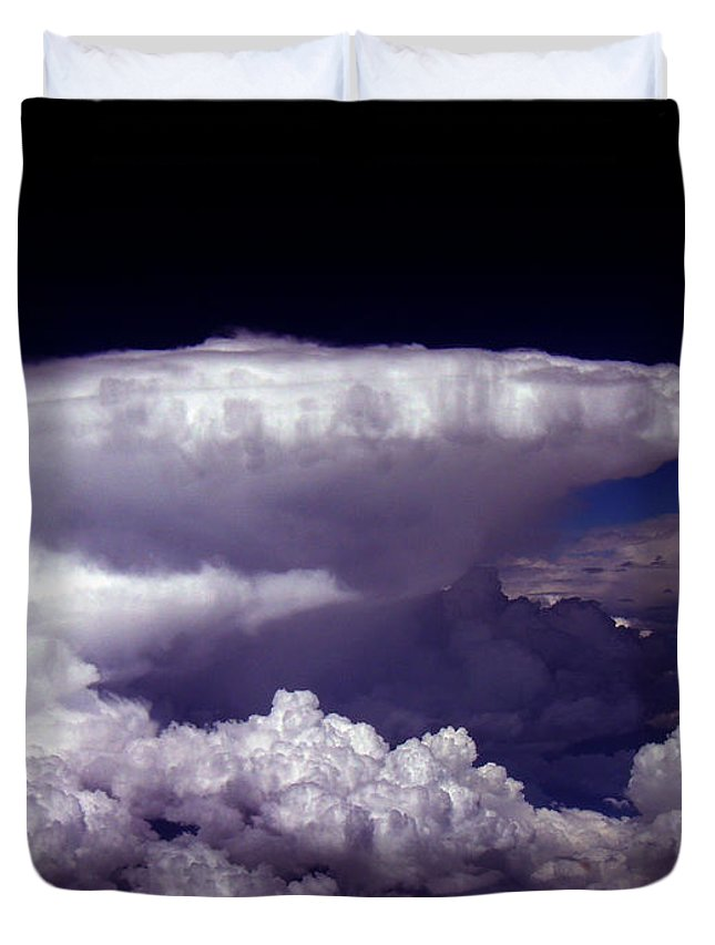 Aviation Art Duvet Cover featuring the photograph Cb2.074 by Strato ThreeSIXTYFive