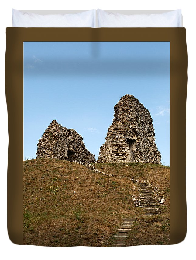 Christchurch Duvet Cover featuring the photograph Christchurch Castle by Chris Day
