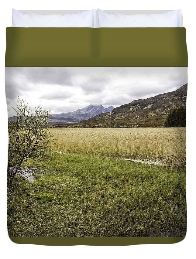 Cullins Duvet Cover featuring the photograph Cullin View by Fran Gallogly