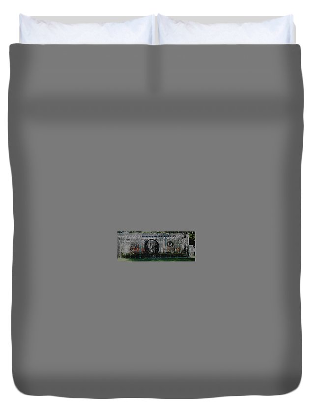 Park Duvet Cover featuring the photograph Dollar Bill by Rob Hans