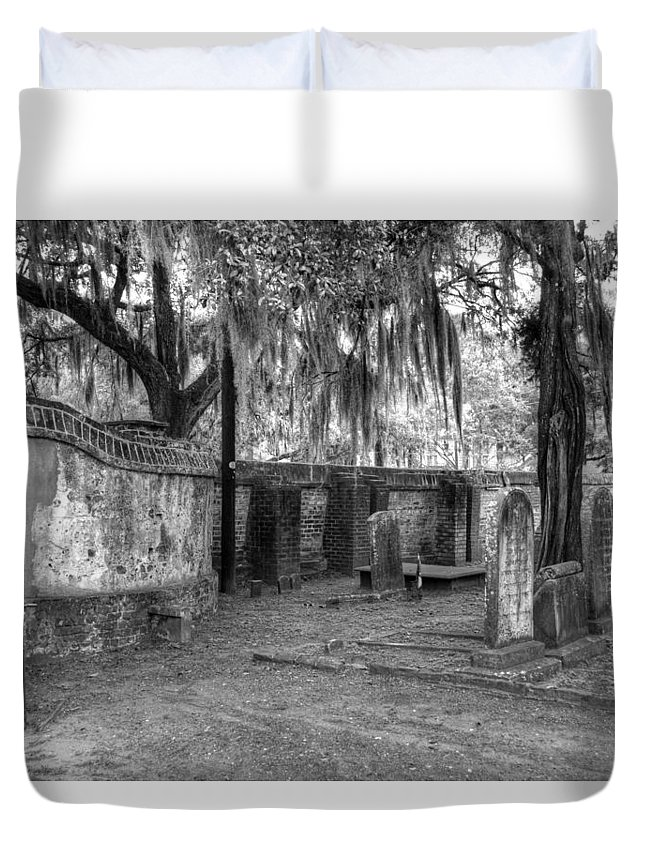 Cemetery Duvet Cover featuring the photograph Final Resting Place by Linda Covino