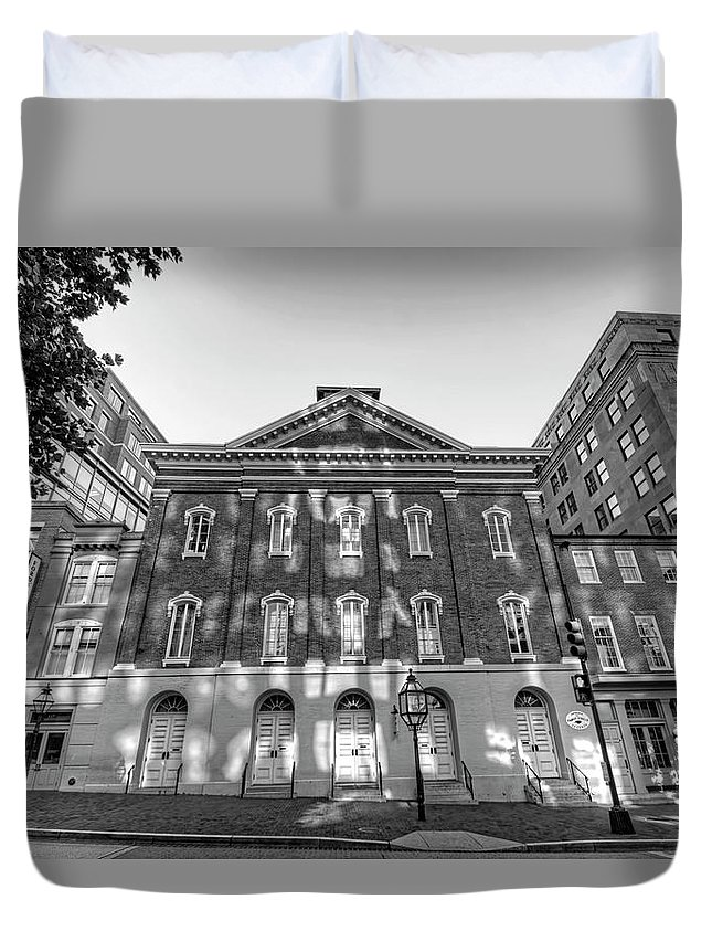 Washington Dc Duvet Cover featuring the photograph Ford's Theatre by Craig Fildes