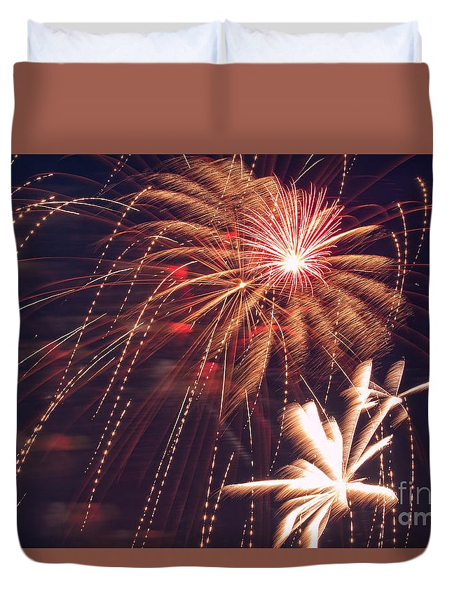 Fire Duvet Cover featuring the photograph Fourth Of July Fireworks by Upper Peninsula Photography
