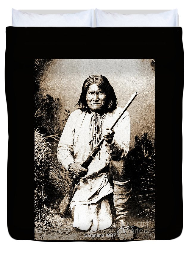 Native Duvet Cover featuring the photograph Geronimo by Gary Wonning