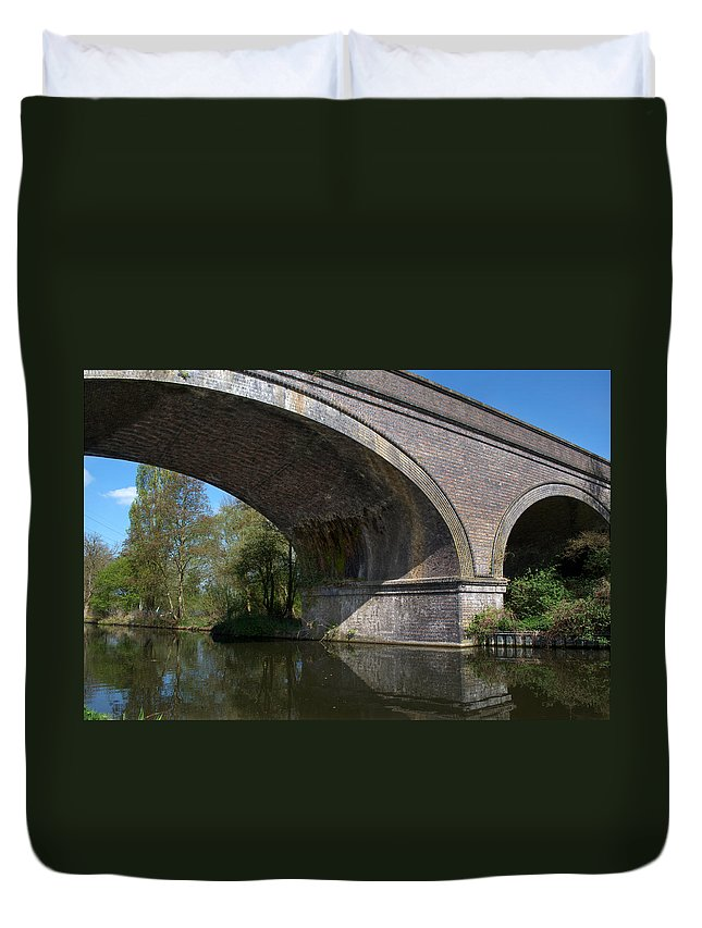 Bridge Duvet Cover featuring the photograph Grand Union Canal Bridge 181 by Chris Day