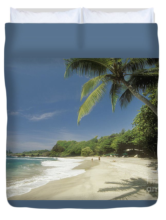 Beach Art Duvet Cover featuring the photograph Hana Coast, Hamoa Beach by Greg Vaughn - Printscapes