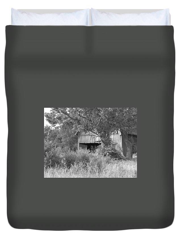 Country Duvet Cover featuring the photograph Hidden by Rhonda Barrett