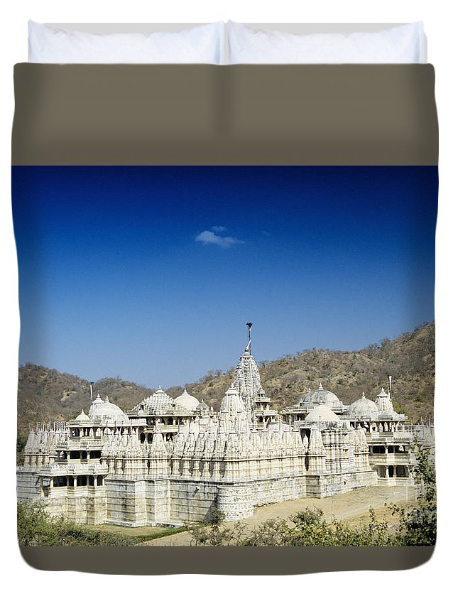 Architecture Duvet Cover featuring the photograph Jain Temple Of Ranakpur by Gloria and Richard Maschmeyer - Printscapes