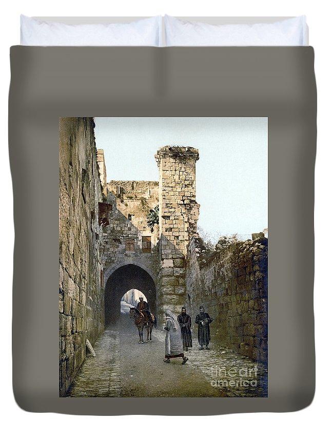 1900 Duvet Cover featuring the photograph Jerusalem: Via Dolorosa by Granger