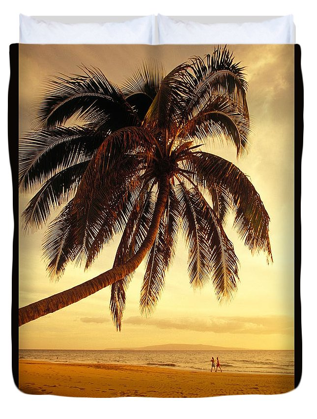 Beach Duvet Cover featuring the photograph Kamaole Beach by Ron Dahlquist - Printscapes