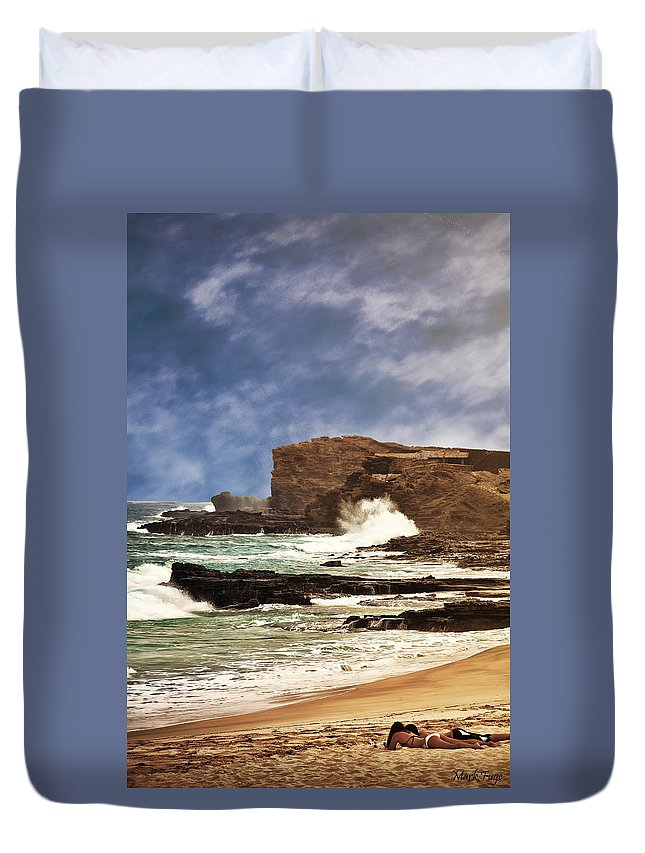 Hawaii Duvet Cover featuring the photograph Lazy Day At The Beach by Mark Fuge