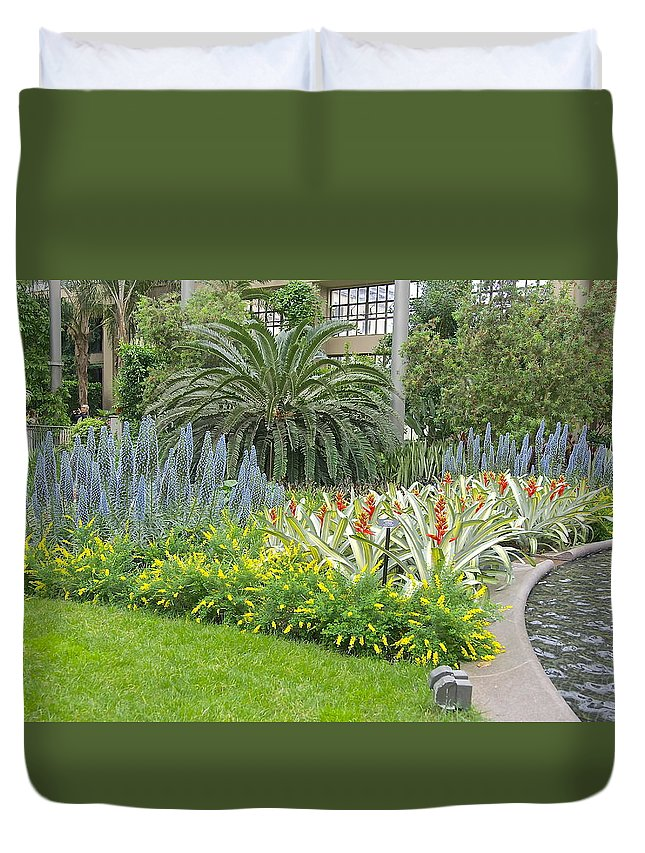 Longwood Gardens Duvet Cover featuring the photograph Longwood Gardens Conservatory by Mark Holden
