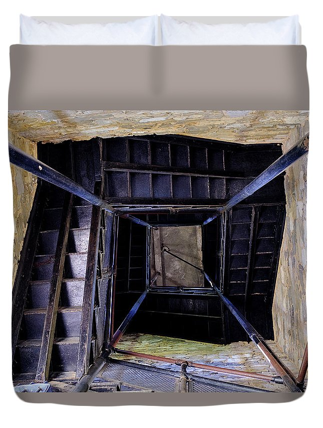 Mclenaghan Duvet Cover featuring the photograph Lookout Tower On A Civil War Battlefield In Antietam Creek Maryl by Travel Back And Forth