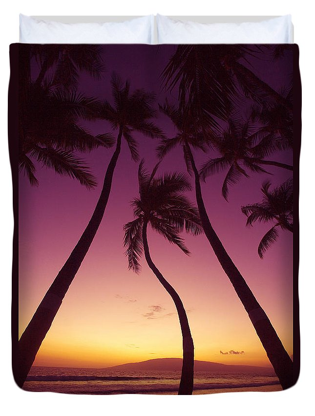 Beach Duvet Cover featuring the photograph Maui Palms by Ron Dahlquist - Printscapes