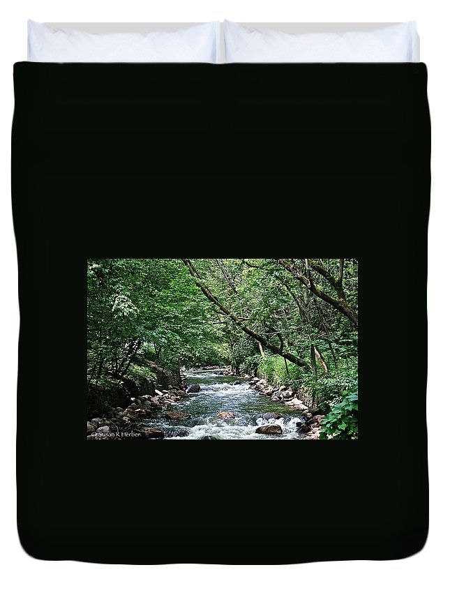 Outdoors Duvet Cover featuring the photograph Minnehaha Creek by Susan Herber
