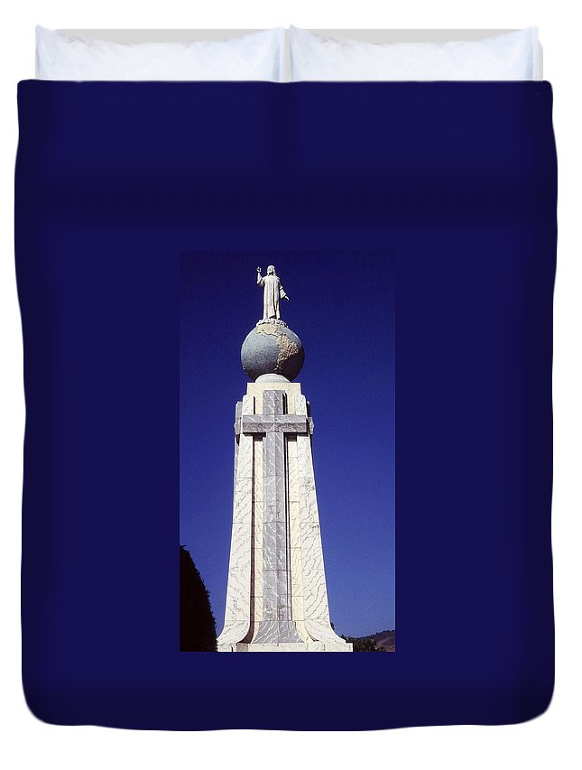Central America Duvet Cover featuring the photograph Monumento Al Divino Salvador Del Mundo by Juergen Weiss