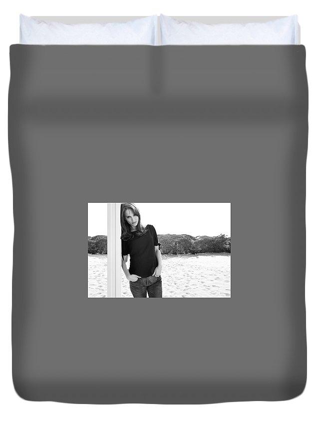 Natalie Portman Duvet Cover featuring the digital art Natalie Portman by Dorothy Binder