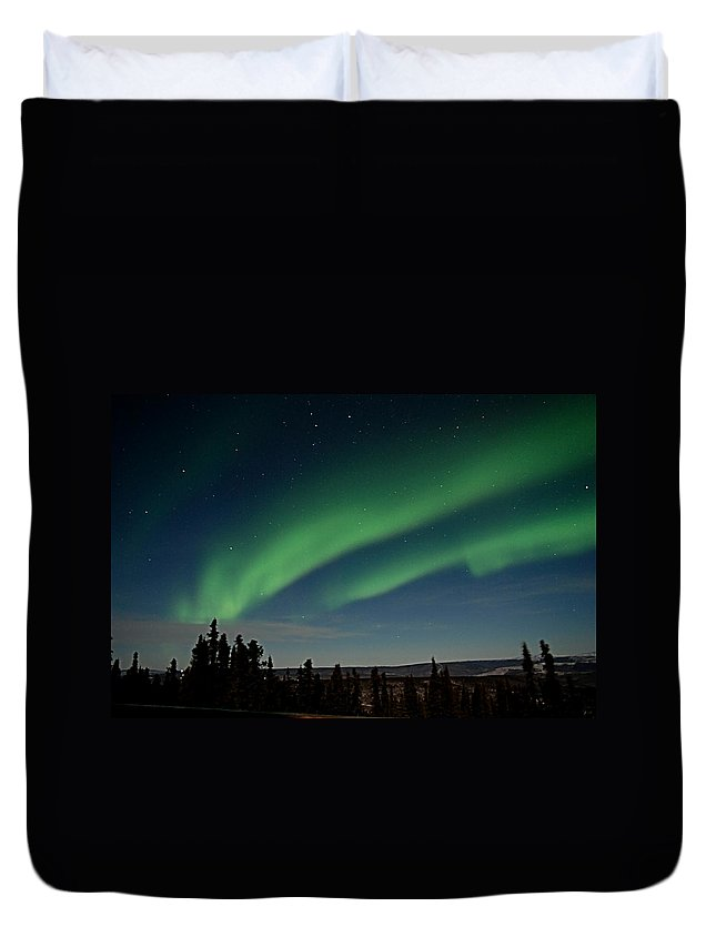 Northern Lights Duvet Cover featuring the photograph Northern Lights - Fairbanks Alaska by Galeria Trompiz