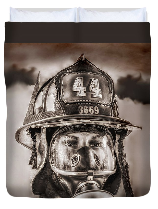 Fdny Duvet Cover featuring the photograph On Duty And Into Fire by Hans Zimmer
