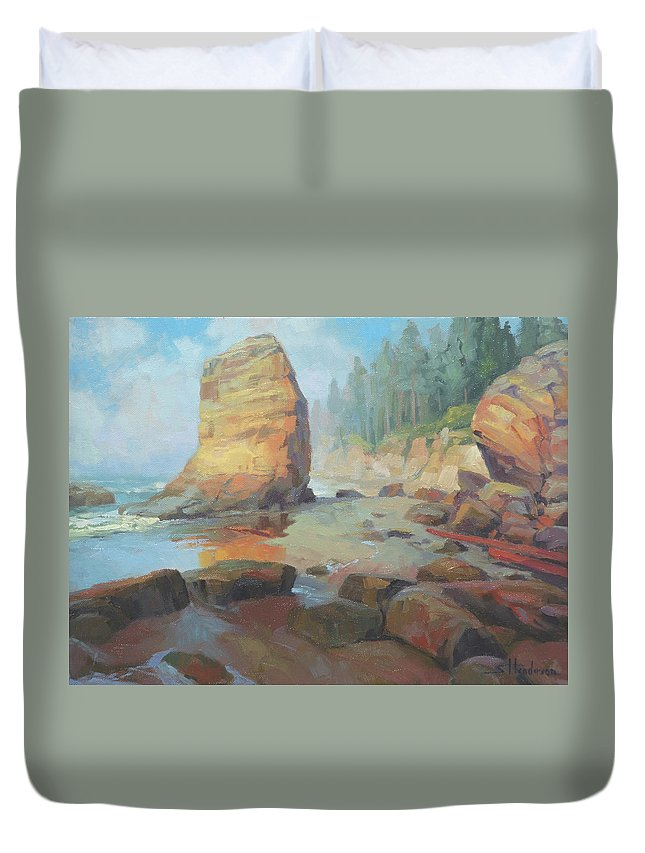 Coast Duvet Cover featuring the painting Otter Rock Beach by Steve Henderson