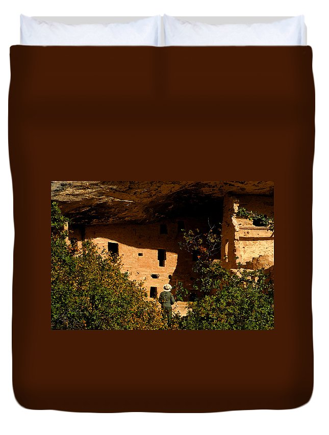 Mesa Verde National Park Colorado Duvet Cover featuring the painting Park Ranger by David Lee Thompson