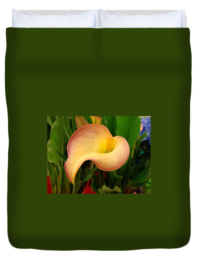 Flowers Duvet Cover featuring the photograph Peace by Kathy Bucari