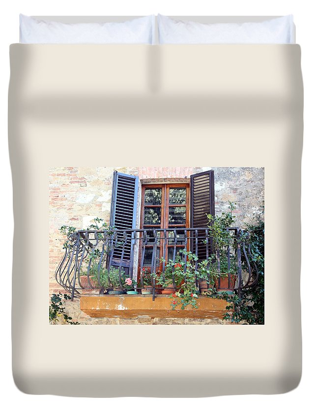 Pienza Duvet Cover featuring the photograph Pienza Balcony by Pat Purdy