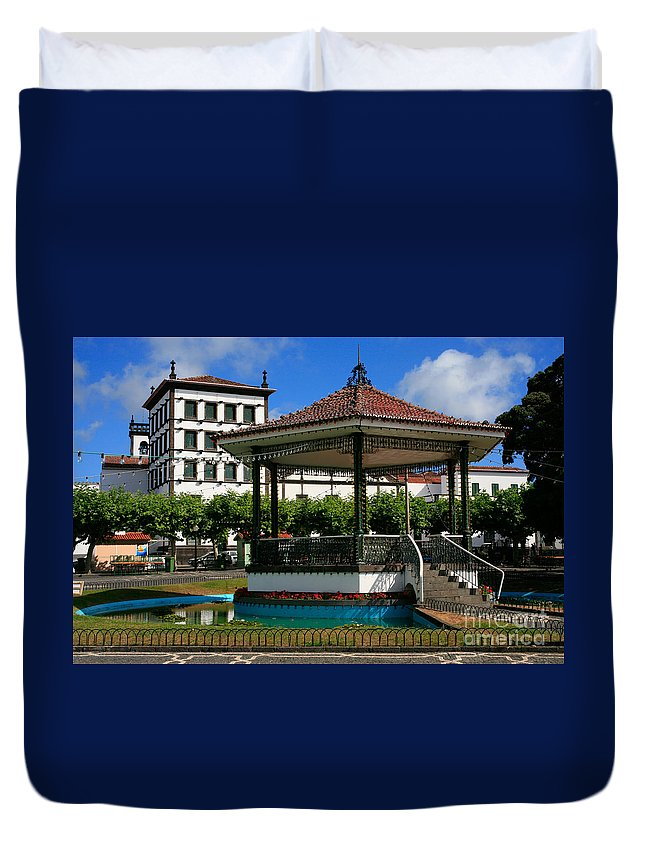 Europe Duvet Cover featuring the photograph Ponta Delgada by Gaspar Avila