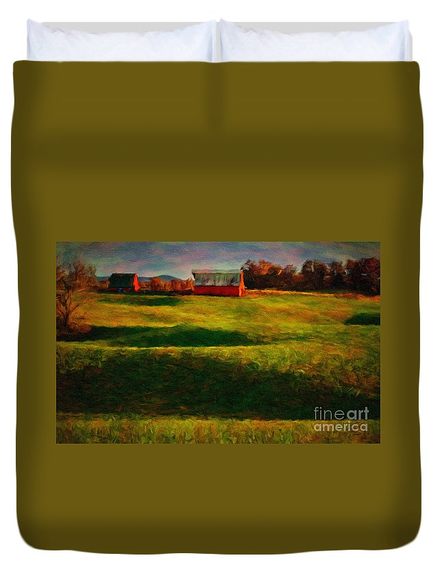 Red_barn Duvet Cover featuring the photograph Rolling Hills And Red Barn, Rock Island, Tennessee by Stanton Tubb