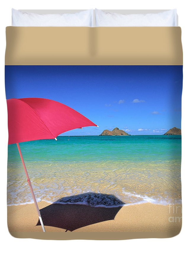 Afternoon Duvet Cover featuring the photograph Red Umbrella by Dana Edmunds - Printscapes