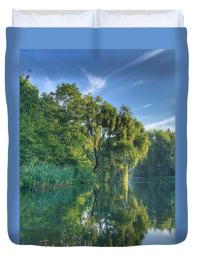 This Is A Photo Of A Weeping Willow Tree Reflecting In The Local Pond In New Jersey. Duvet Cover featuring the photograph Reflections Of A Weeping Willow by William Rogers