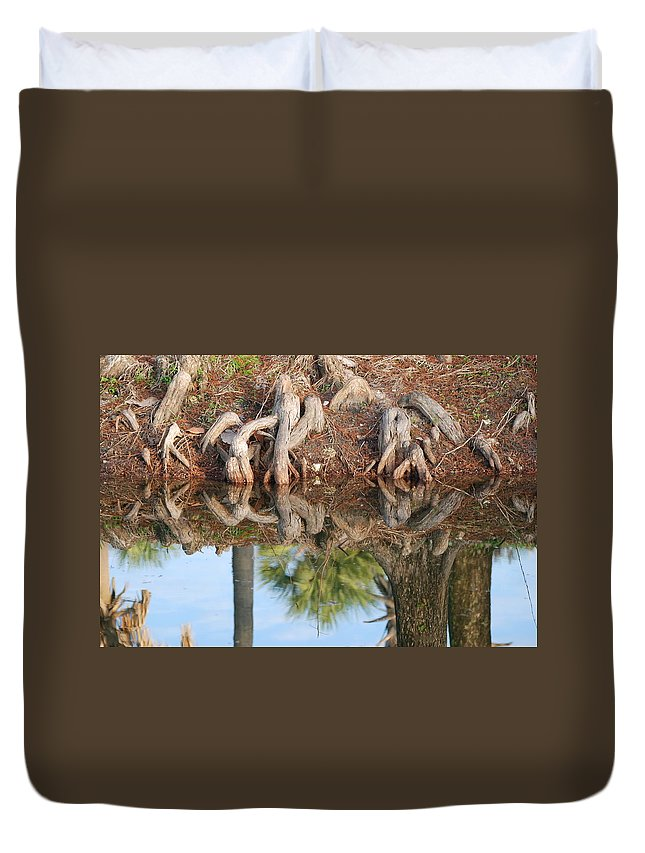Roots Duvet Cover featuring the photograph Rooted Reflections by Rob Hans