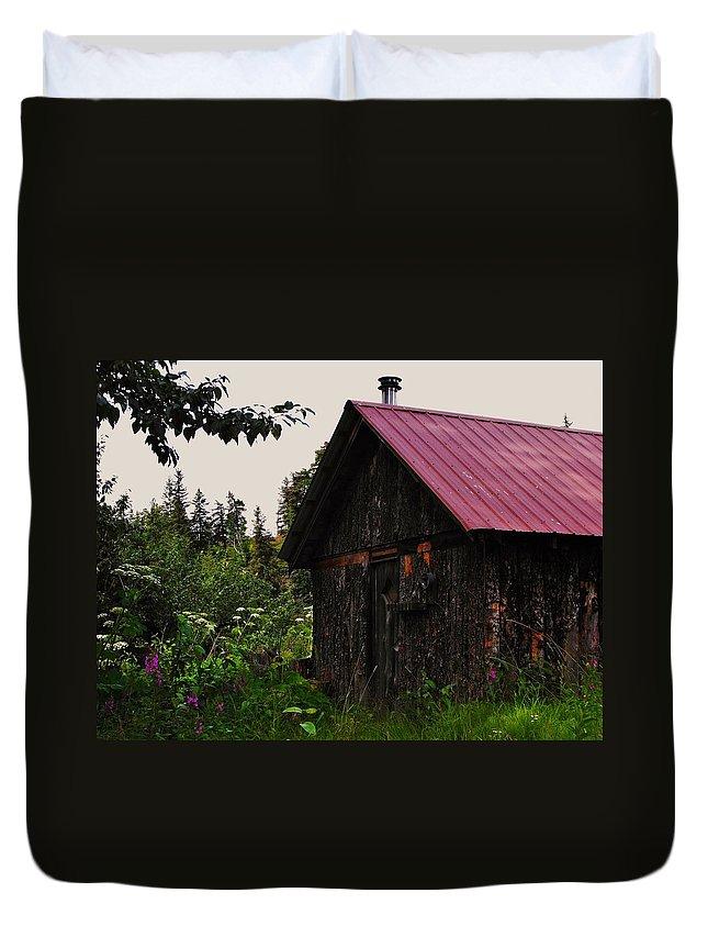 Homer Alaska Duvet Cover featuring the photograph Rustic Homestead by Lori Mahaffey