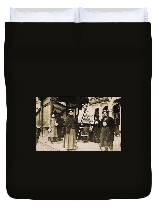 1908 Duvet Cover featuring the photograph Salvation Army, 1908 by Granger