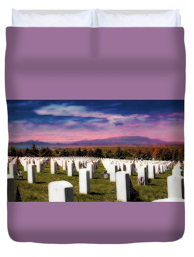 Santa Fe National Memorial Cemetery Duvet Cover featuring the photograph Santa Fe Naional Memorial Cemetery by Tony Lopez