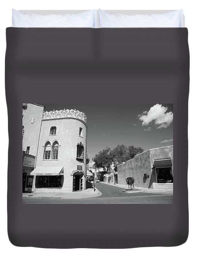 Adobe Duvet Cover featuring the photograph Santa Fe New Mexico by Frank Romeo