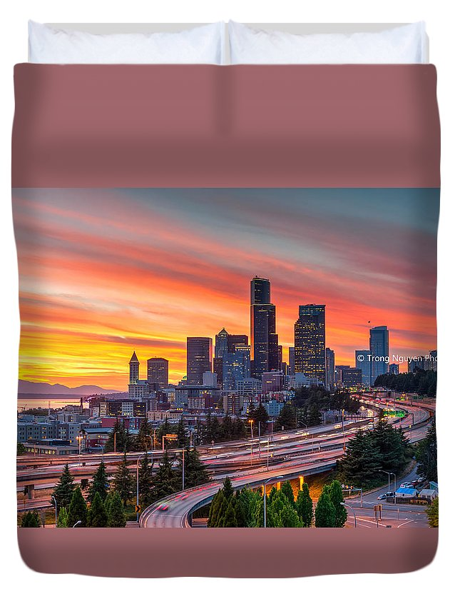 12th Duvet Cover featuring the photograph Seattle On Firer by Trong Nguyen