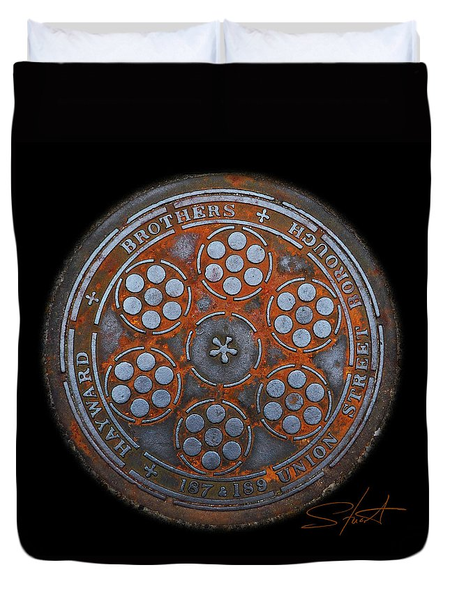 Manhole Duvet Cover featuring the photograph Shield by Charles Stuart
