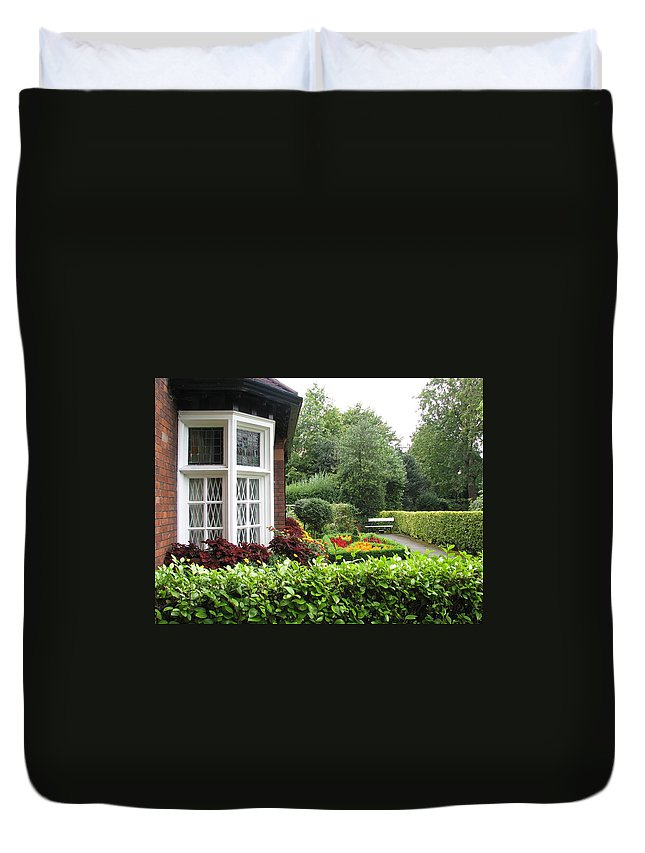 St. Stephen's Green Duvet Cover featuring the photograph St. Stephen's Green by Kelly Mezzapelle