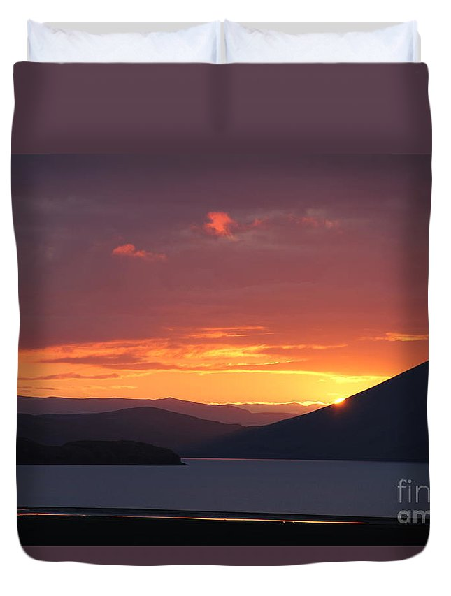 Iceland Duvet Cover featuring the photograph Sunrise Between Two Mountains by Andres Zoran Ivanovic