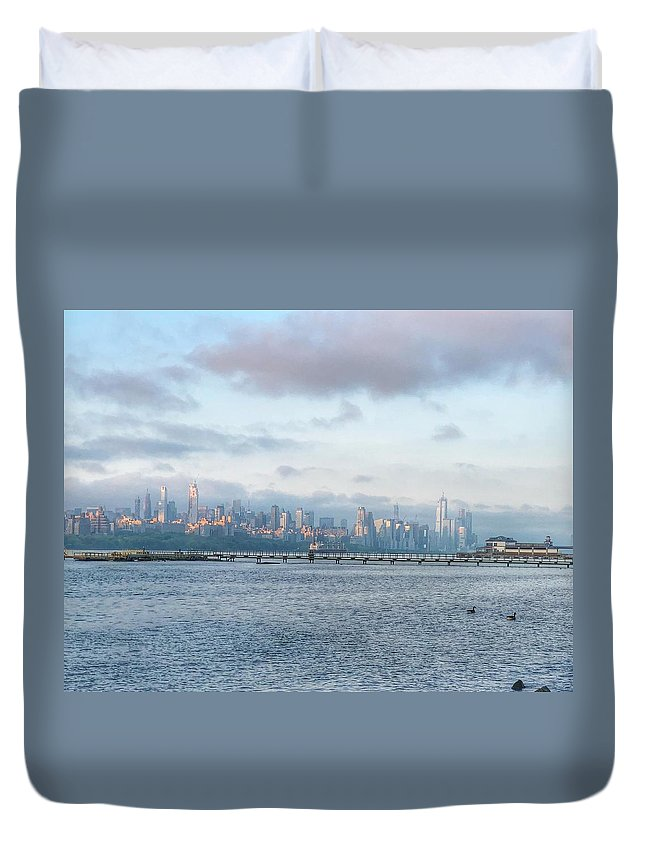 This Is A Photo Of Sunrise Over New York City Duvet Cover featuring the photograph Sunrise Over New York City by William Rogers