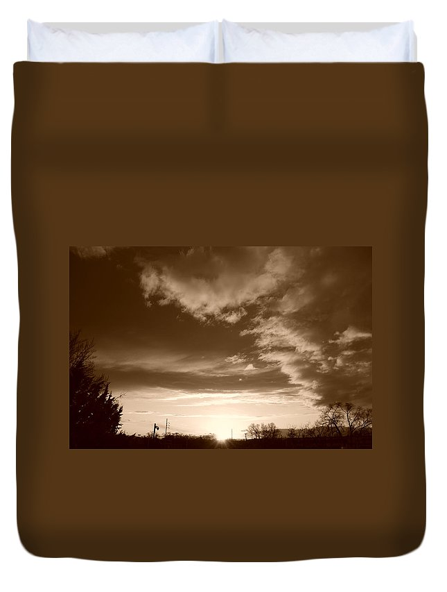 Sunset Duvet Cover featuring the photograph Sunset And Clouds by Rob Hans