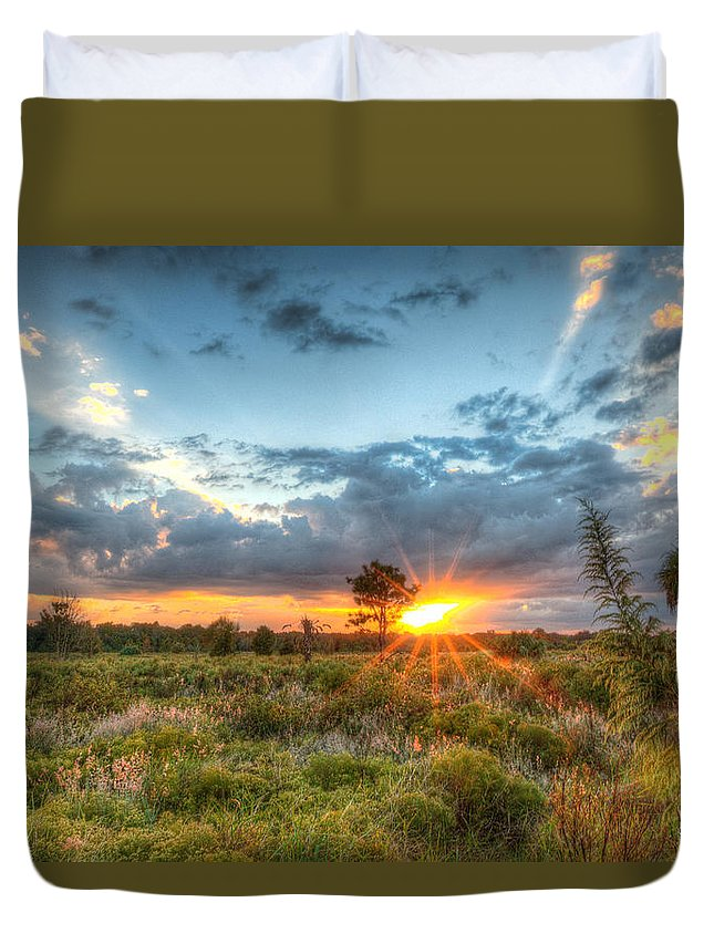 Field Duvet Cover featuring the photograph Sunset At The Field Of Dreams by Ronald Kotinsky