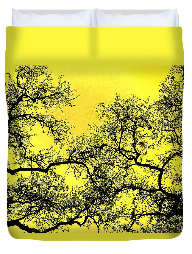 Digital Art Duvet Cover featuring the photograph Tree Fantasy 18 by Lee Santa