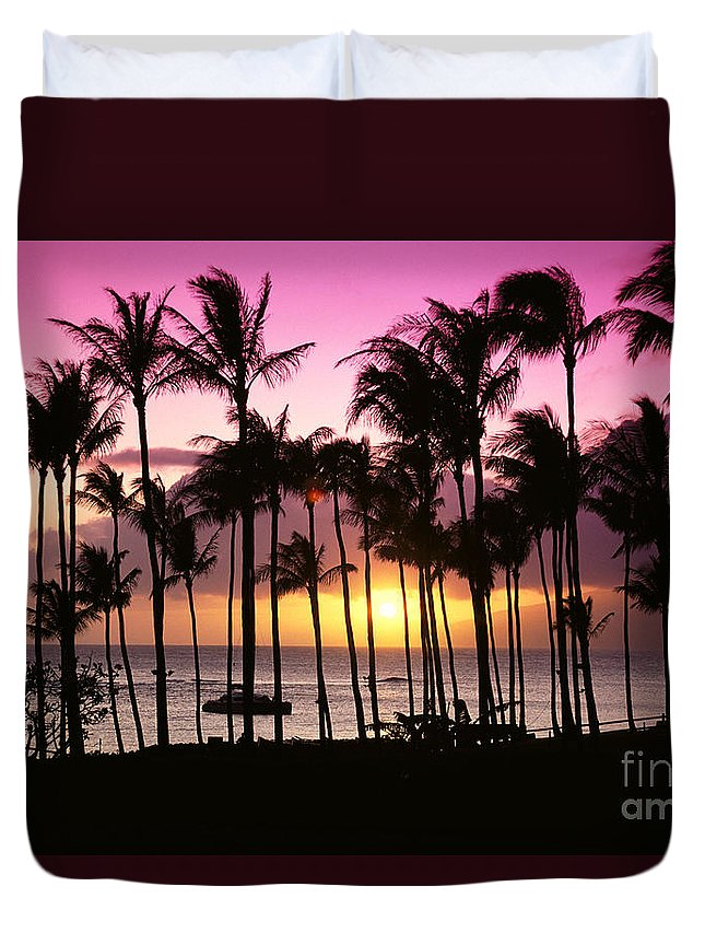 Bay Duvet Cover featuring the photograph Tropical Sunset by Bill Schildge - Printscapes