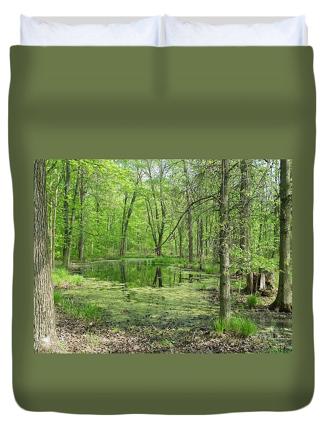 Heartland Forest Duvet Cover featuring the photograph Vernal Pool by Peggy King